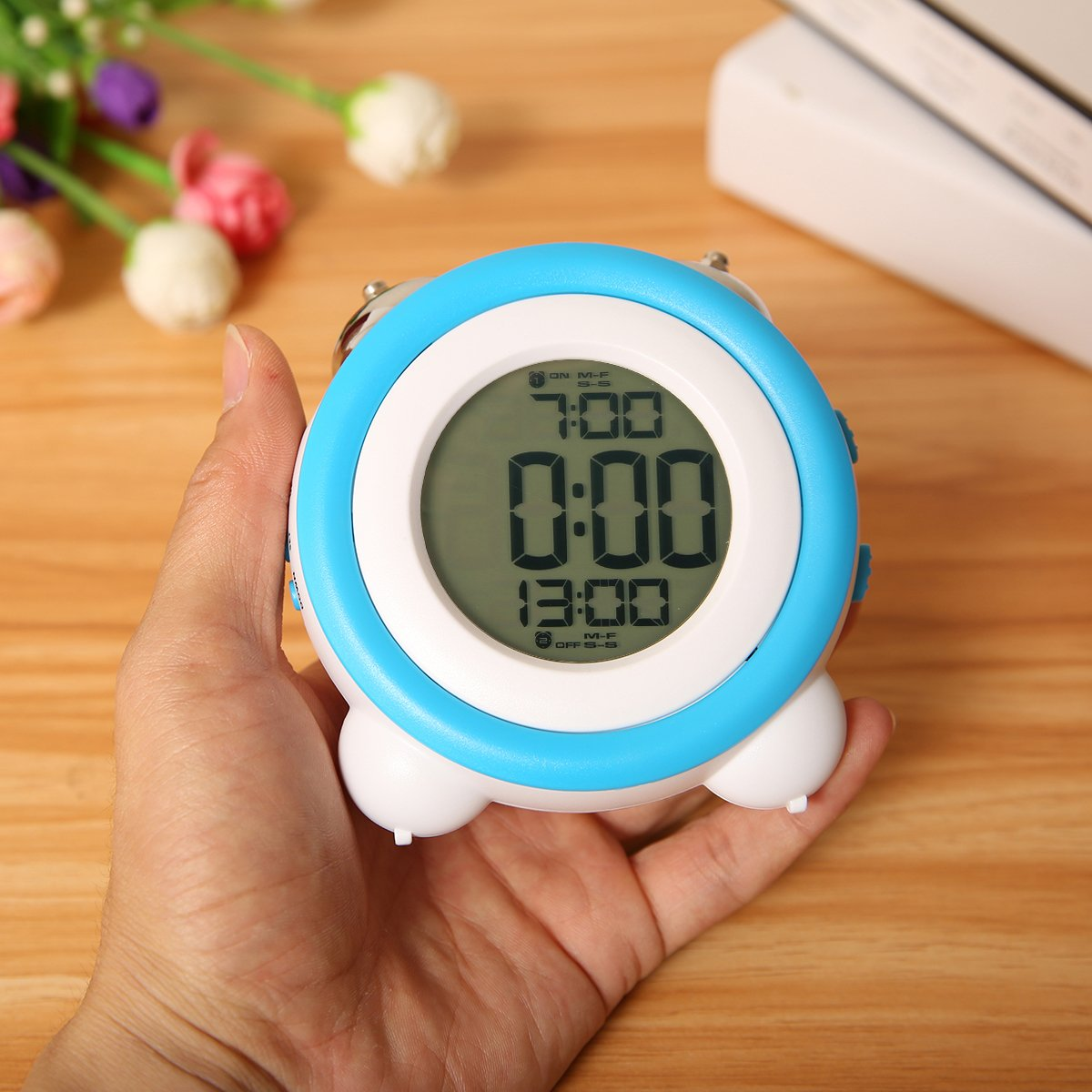 Jeteven Digital Twin Bell Alarm Clock Bedside Travel Clock with Temperature Display, Snooze Function LED Night Light Battery Operated for Heavy Sleepers Light Blue