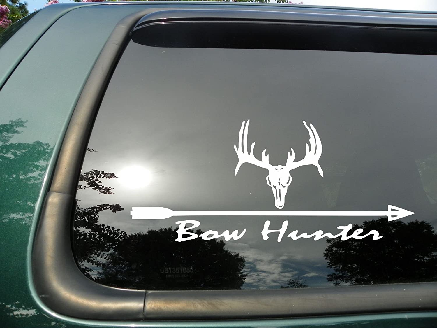 Amazoncom Bowhunter Wskull Die Cut Christian Vinyl Window - Vinyl window decals amazon