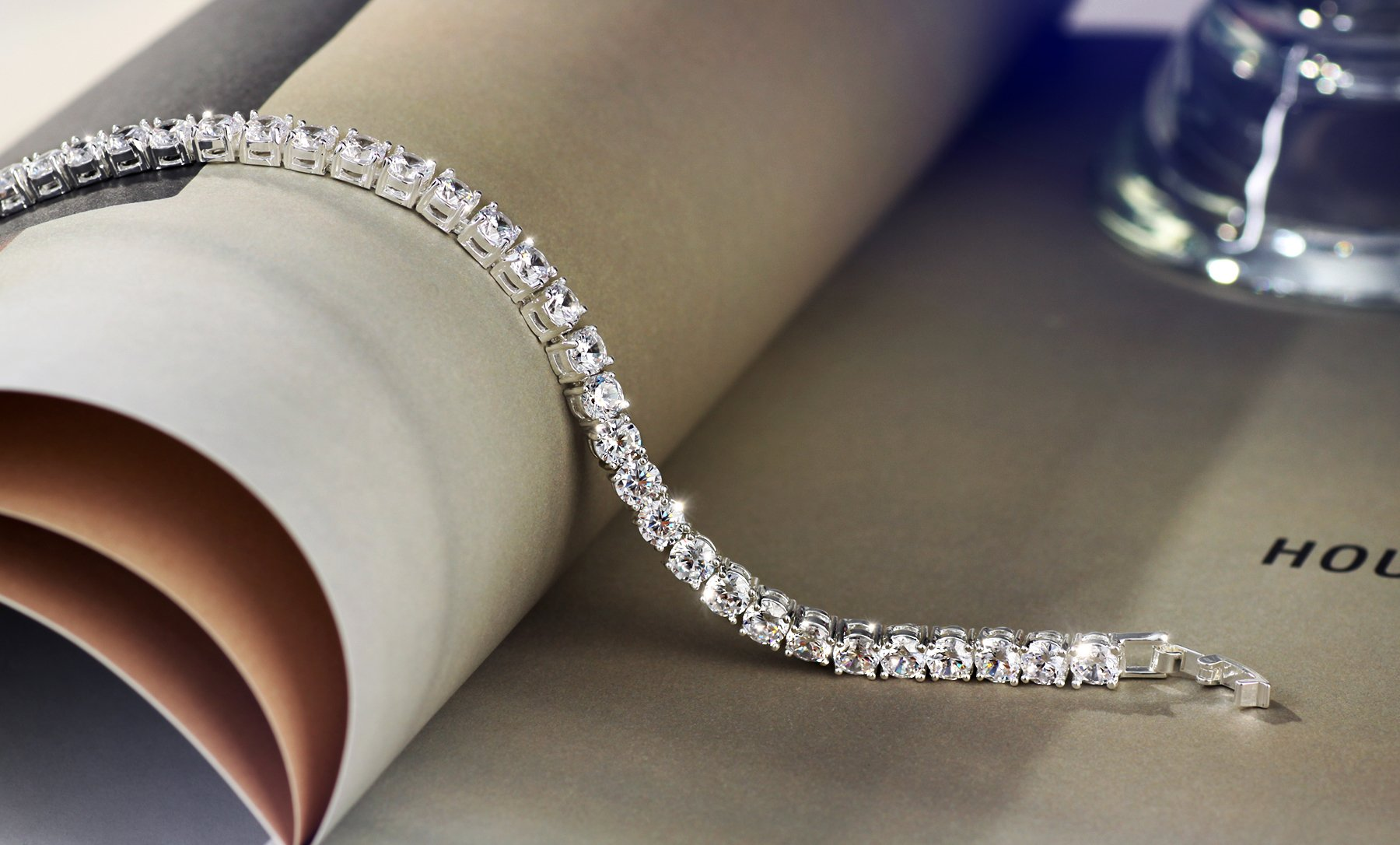 Neoglory Jewelry S925 Silver White Round-Cut Cubic Zirconia Classic Tennis Bracelet 7.7Inch by Neoglory (Image #4)