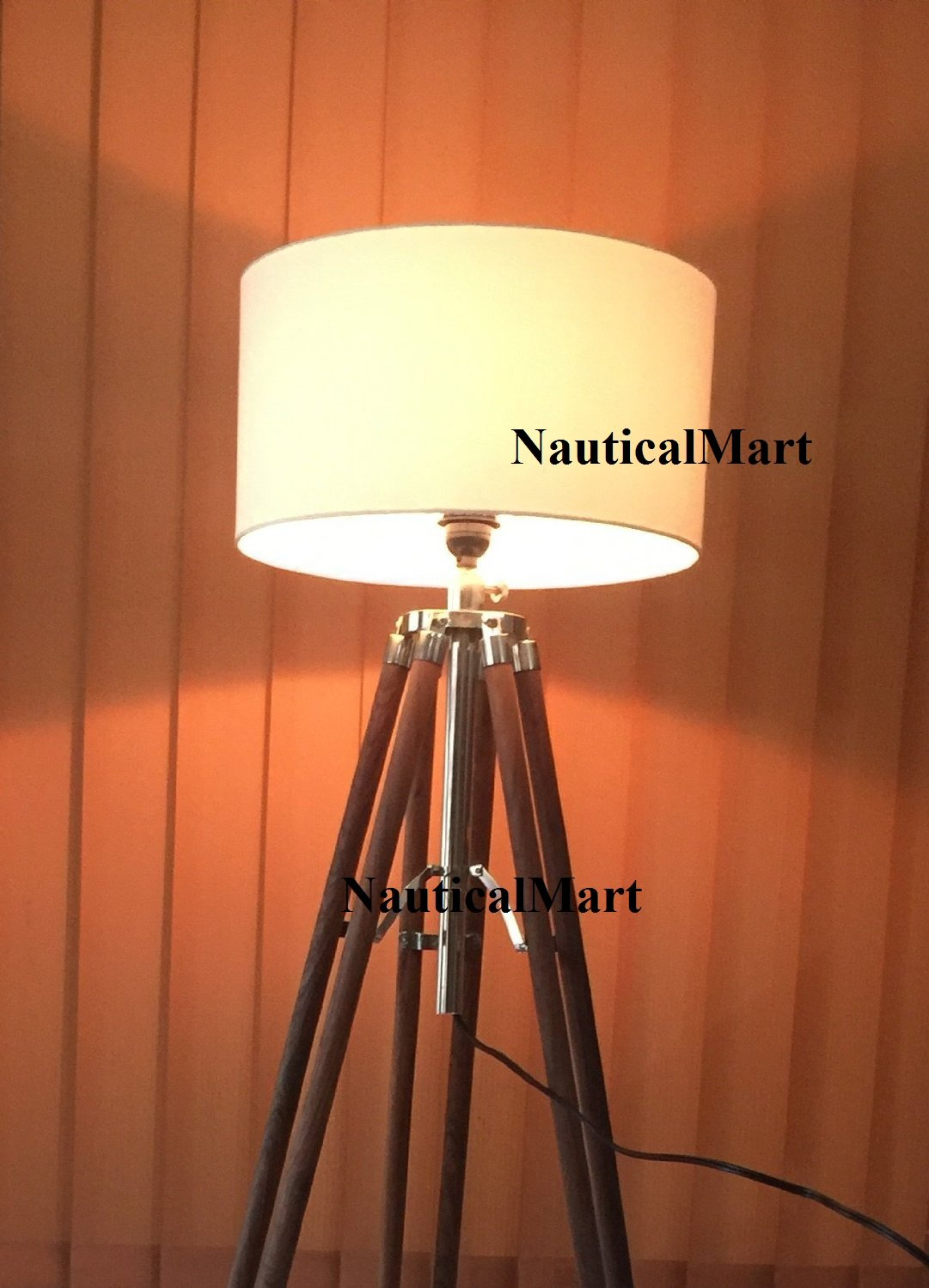 1940's ROYAL DESIGNER BEAUTIFUL WOODEN 74'' TRIPOD TIMBER STAND WITH SHADE BEAUTIFUL FLOOR LAMP