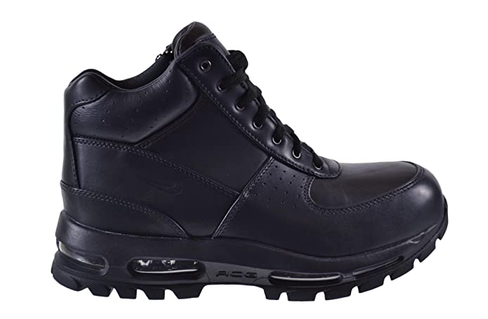 detailed look a633a ed8af Amazon.com   Nike ACG Air Max Goadome Men s Boot   Hiking Boots