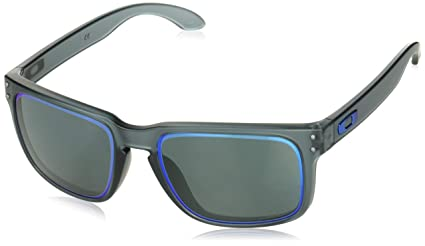 Amazon.com  Oakley Holbrook Sunglasses  Sports   Outdoors 6c9e19ed5fe7
