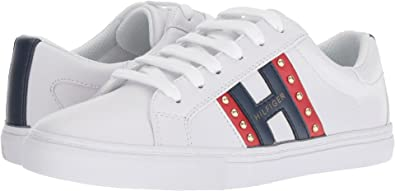 e22a9665 Amazon.com | Tommy Hilfiger Women's Lazzen | Fashion Sneakers