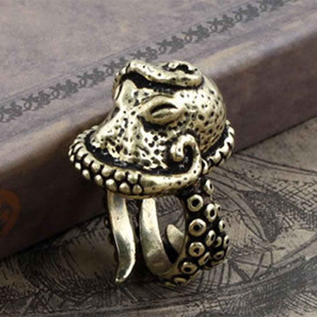 Deluxe Adult Costumes - Men's antique vintage style bronze octopus squid kraken pirate ring