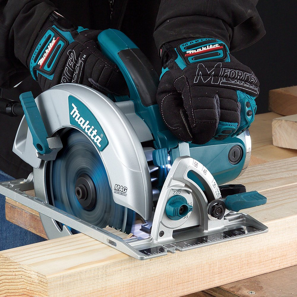 Makita Magnesium 7 ¼-Inch Circular Saw (5007MG) Review 2