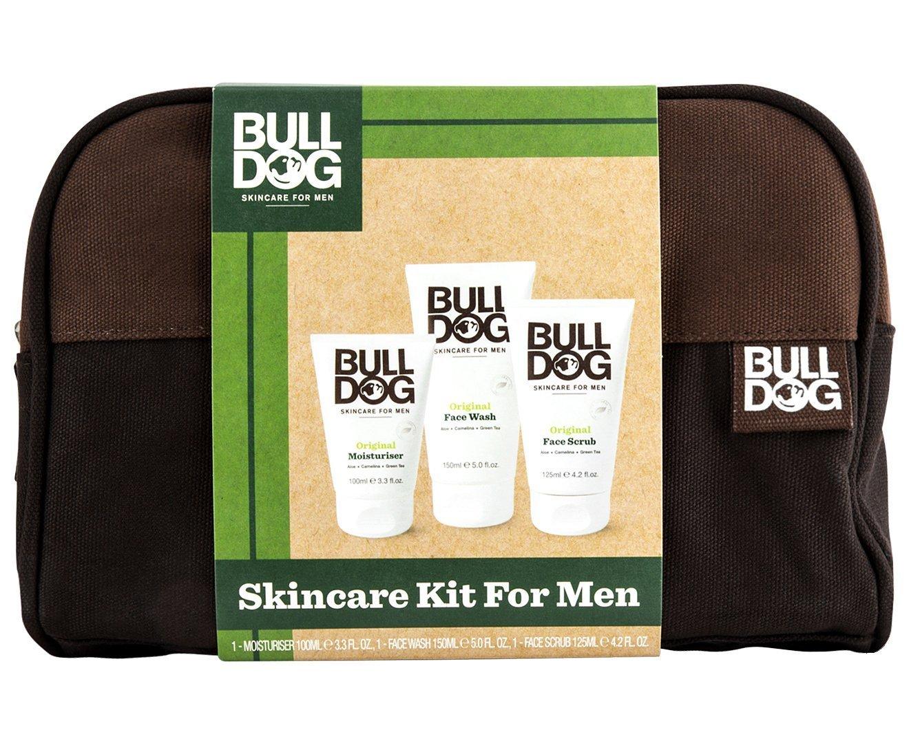 Bulldog - Kit de soins de la peau pour homme avec trousse de toilette-Crème hydratante de 100ml, nettoyant pour le visage de 150ml, gommage pour le visage de 125ml