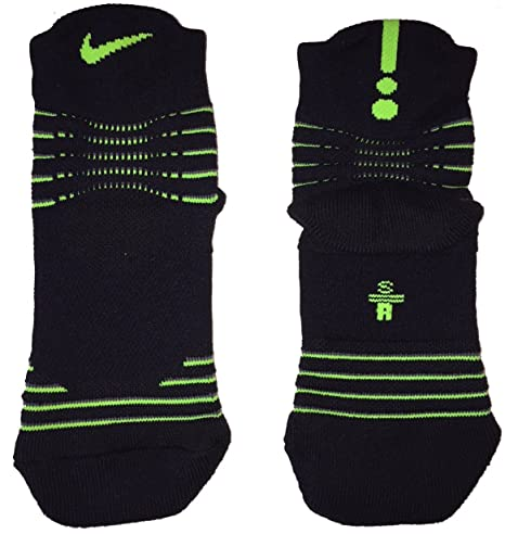 5d383331e Amazon.com   Nike Women s Youth Basketball Elite Versatility High Quarter  Socks 4-6 3Y-5Y   Sports   Outdoors