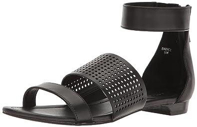 88b3a3a2dc495 Tahari Women s TA-Dance Flat Sandal Black 5.5 Medium US