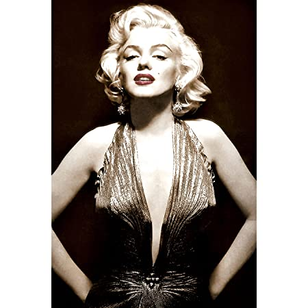 Review Marilyn Monroe- Poised in