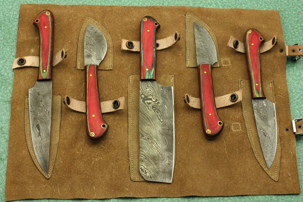 Custom made hand forged Damascus steel full tang blade kitchen knife set, Overall 45 inches Length of Damascus sharp knives (10.6+9.6+9.0+8.0+7.6) Inches, Leather suede sheath (Red wood) by Damascus Depot (Image #1)