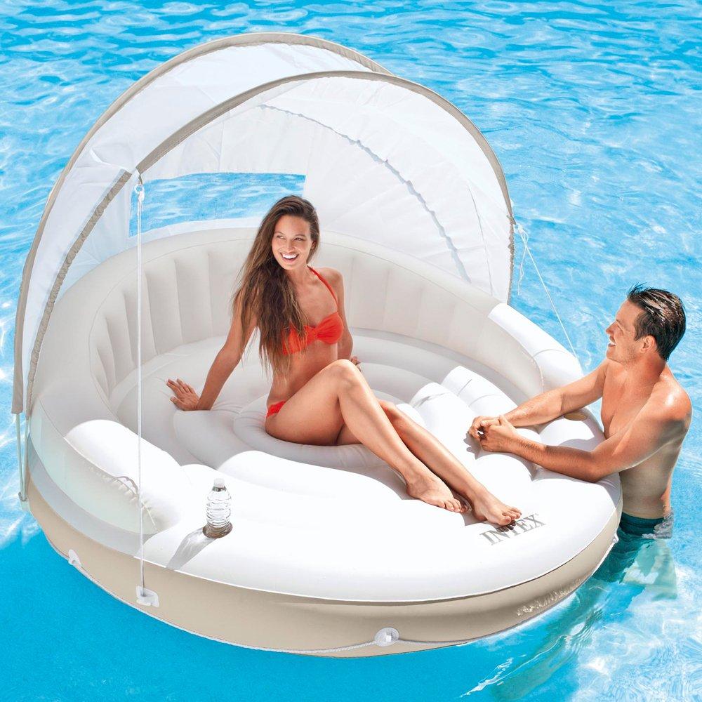 Luftmatratzen-wasser-spaß-mit-schwimmender-lounge-mit-sonnendach