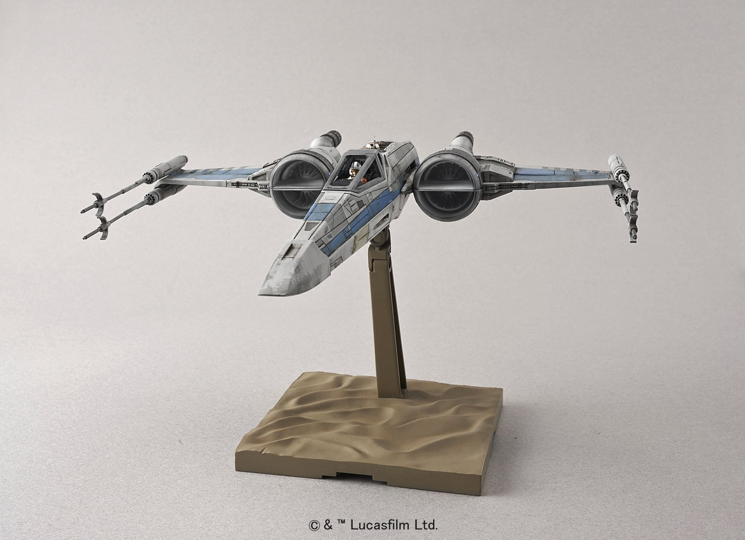 Bandai Star Wars 1//72 Scale X-Wing fighter Resistance Specifications Model
