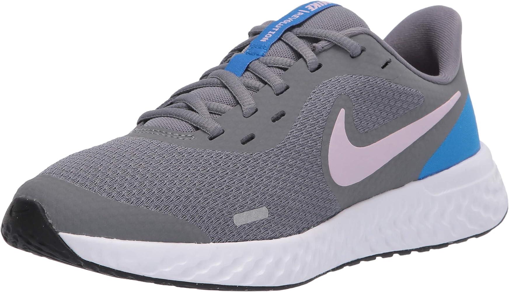 Nike Revolution 5 Grade Zapatillas de correr para niños: Amazon.es: Zapatos y complementos