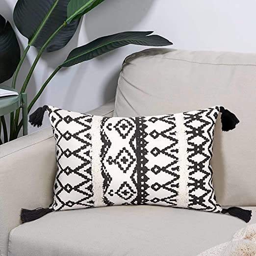 Black And White Decorative Pillows  from images-na.ssl-images-amazon.com