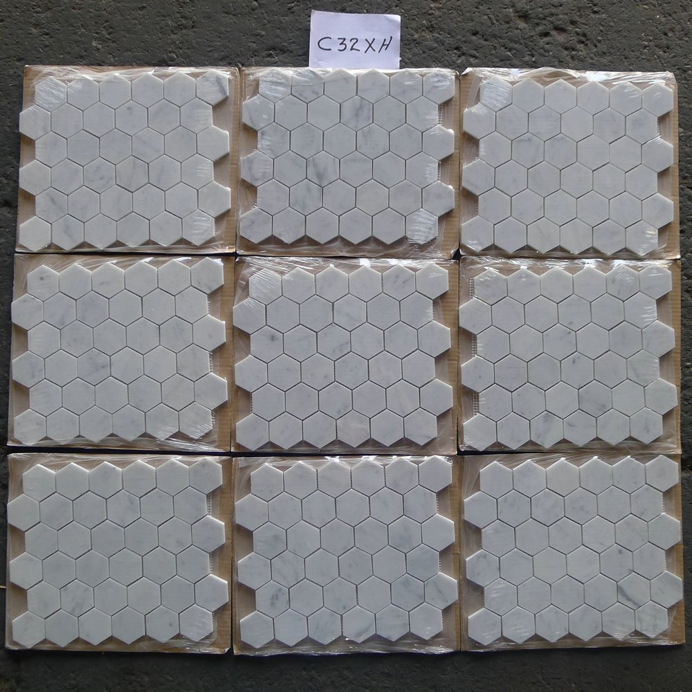 Carrara white italian carrera marble hexagon mosaic tile 2 inch carrara white italian carrera marble hexagon mosaic tile 2 inch honed amazon dailygadgetfo Image collections
