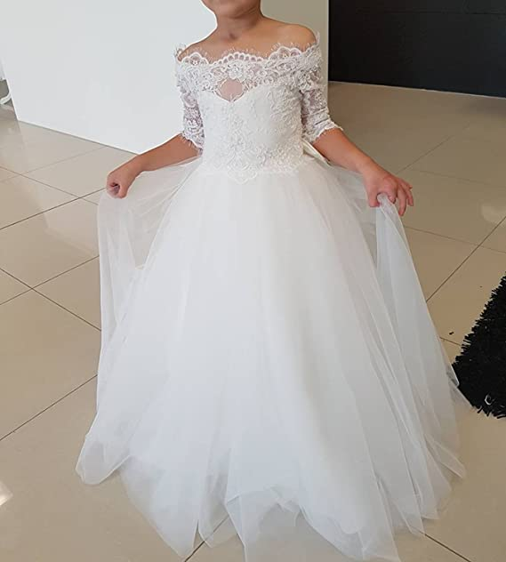 1e3b42b51cc Amazon.com  Gzcdress White Communion Dresses Lace Flower Girls Dress Short  Sleeves Off Shoulder Tulle Ball Gowns 37  Clothing