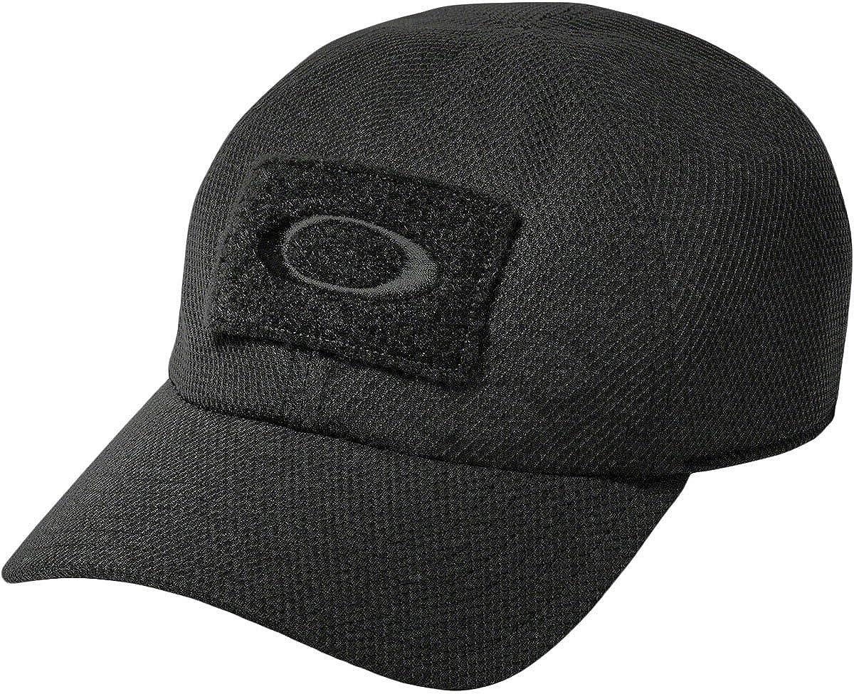 0468f4b88dc4c Amazon.com  Oakley Men s Si Cap  Clothing