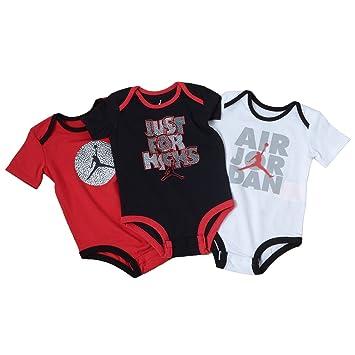 competitive price 1ea26 b4c9b Jordan Nike Baby Jugadores de Romper Body, 3 Unidades Rojo Rot Schwarz Weiß  Talla 68-74  Amazon.es  Deportes y aire libre