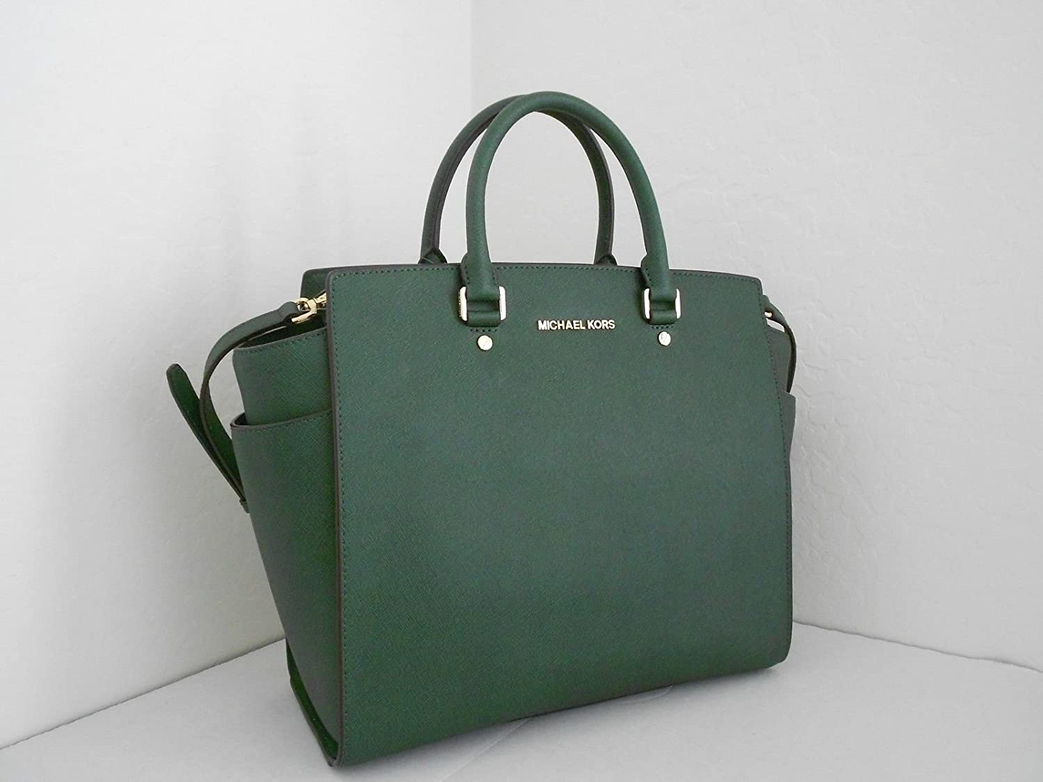cc70f161c1 Amazon.com  Michael Kors Selma Large NS Tote Saffiano Malachite Leather   Shoes