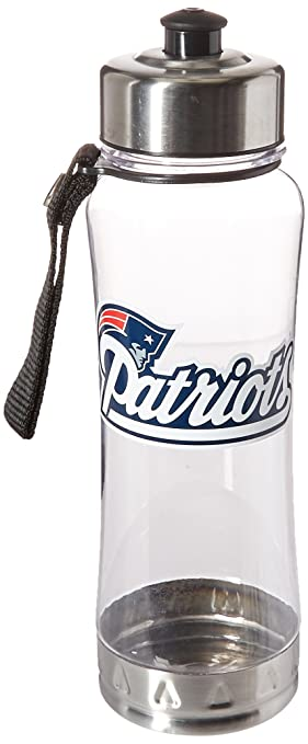Amazon.com : NFL New England Patriots Clip-On Water Bottle ...