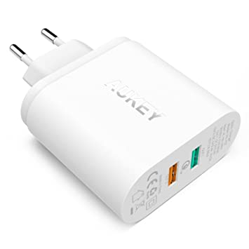 AUKEY Quick Charge 2.0 Cargador de Pared Dual Puerto USB Enchufe Europeo con Tecnología AiPower para iPhone, iPad, HTC, LG, Motorola, etc. + Cable ...