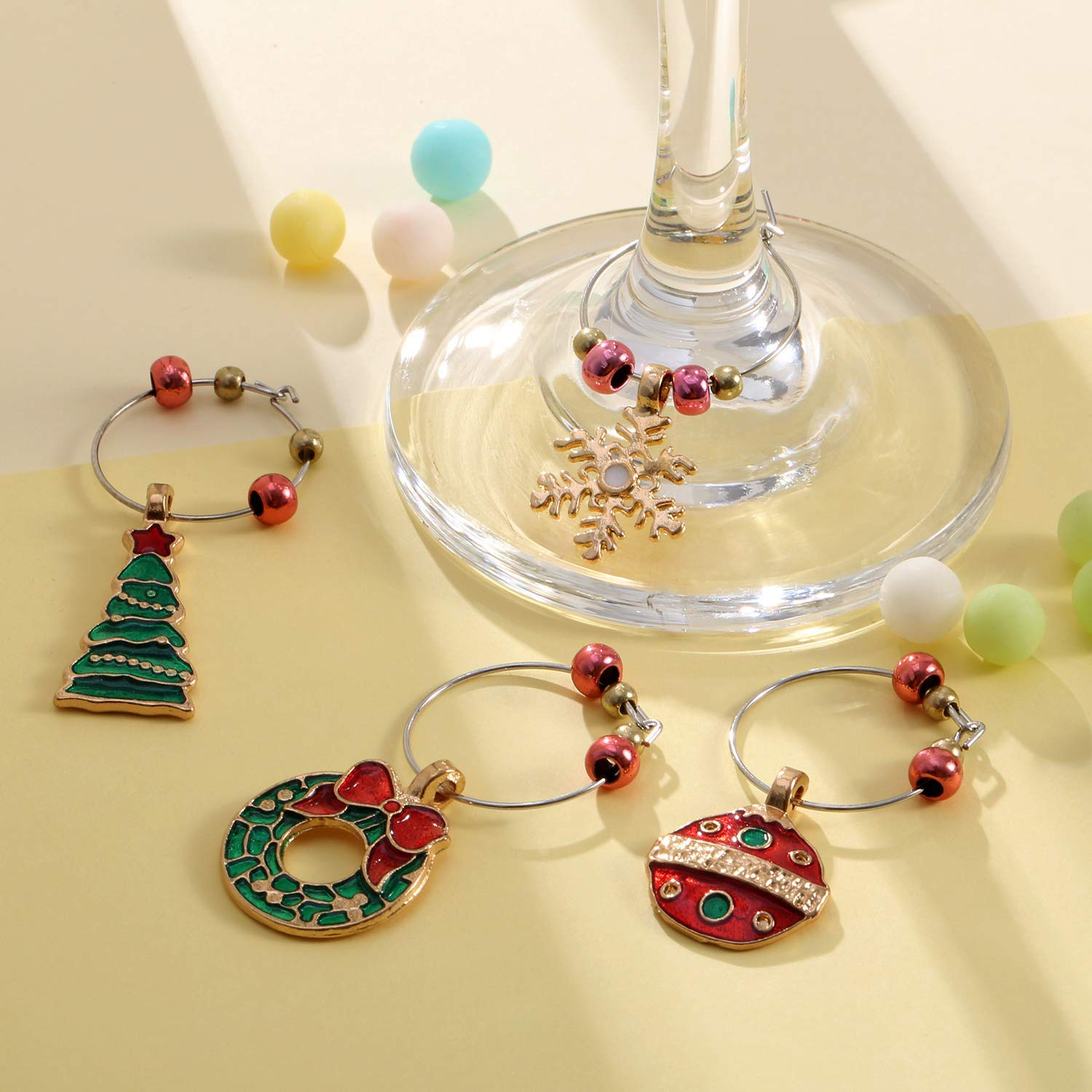 XGuangage 6pcs Christmas Tree Hat Snowman Charm Marker Wine Glass Marker Tags Party Bar Table Decorations
