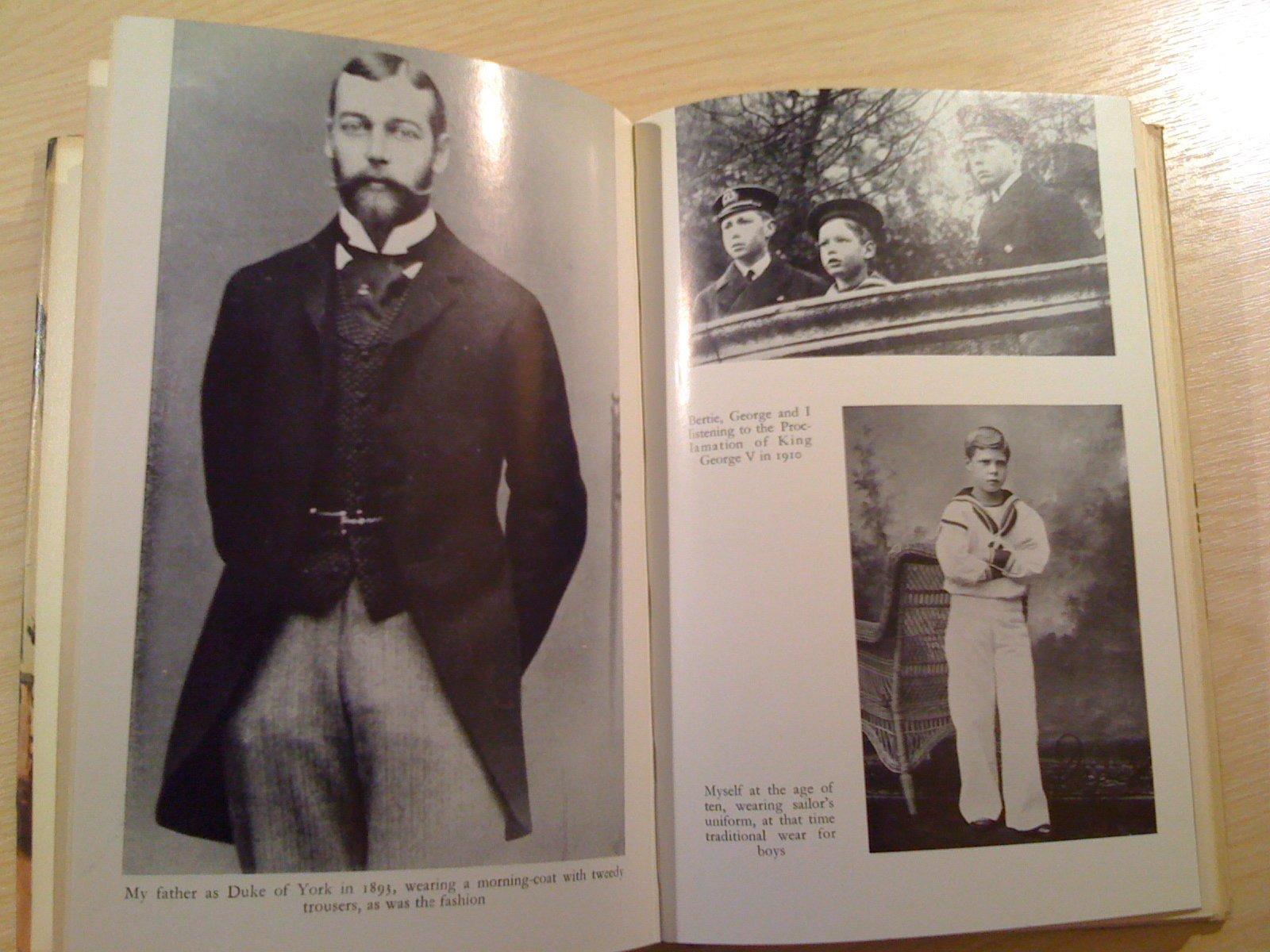 a family album amazon co uk edward windsor books