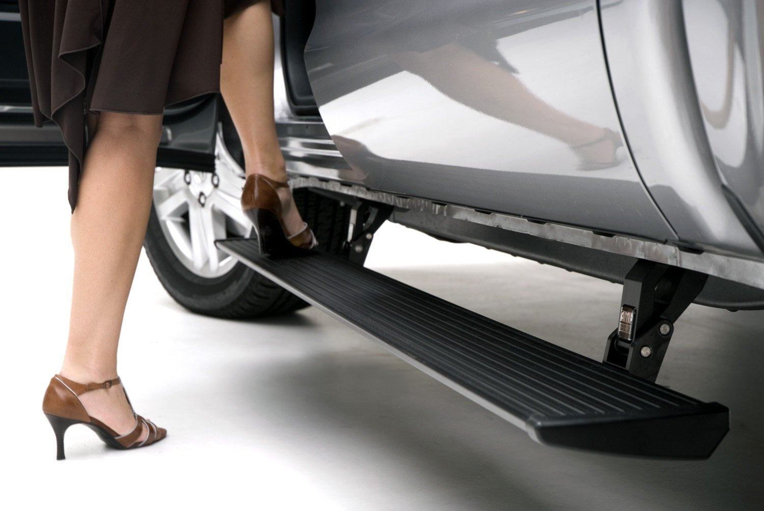 AMP Research 75137-01A PowerStep Electric Running Boards for 2007-2018 on