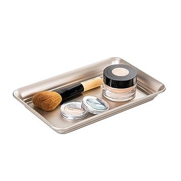 mDesign Bandeja organizadora de acero inoxidable – Elegante organizador de cosméticos, lociones y otros accesorios