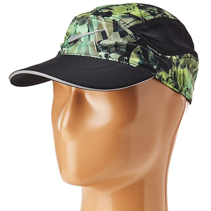 Nike AeroBill Elite Solstice Adjustable Running Hat Black Khaki  Amazon.ca   Clothing   Accessories 0526028d029