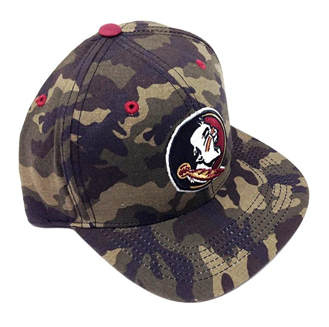 a60d3cc7 Amazon.com: NCAA Woodland Camo Flat Bill Snapback (FSU - Florida State  University - Seminoles): Clothing