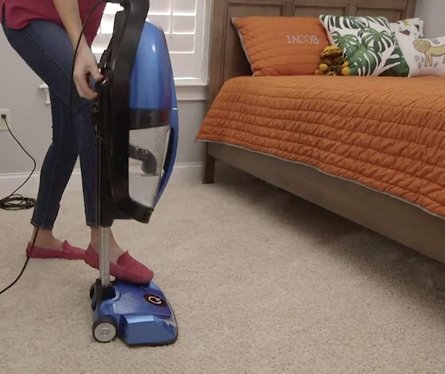 Telescopic Body Blue No Filters Quantum X Upright Water Vacuum Cleaner Pet Vacuum Cleaner and Picks Up Wet Spills New Technology