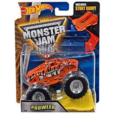 Hot Wheels Monster Jam - Prowler with Stunt Ramp 1:64 Scale #28 Prowler: Toys & Games