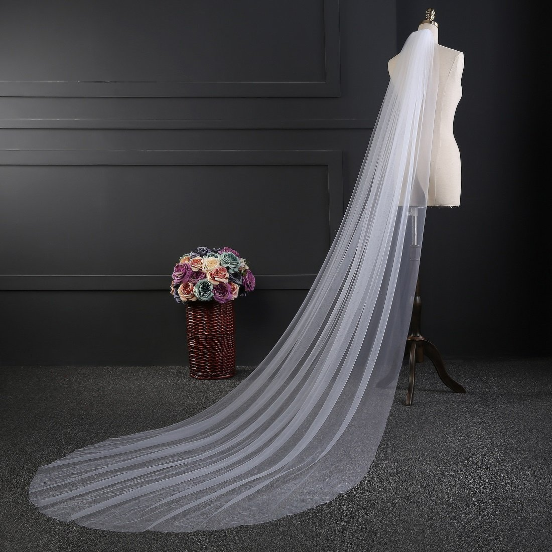EllieHouse Womens 2 Tier Chapel Wedding Bridal Veil With Free Comb E22
