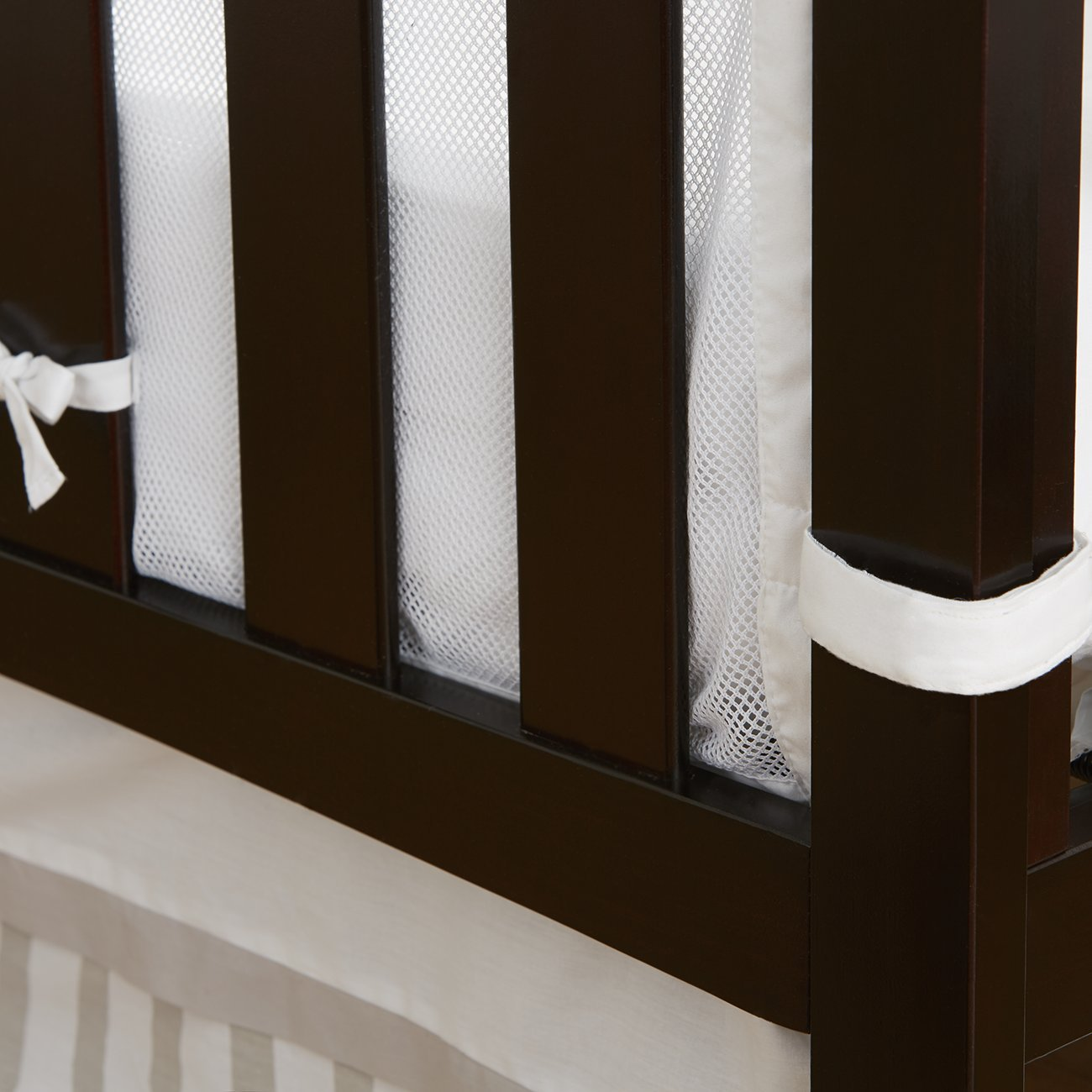 BreathableBaby | Railguard Plus Rail Cover and Liner | Helps Prevent Baby From Gnawing on Wood Rails |Helps Prevent Arms and Legs from Getting Stuck Between Crib Slats | White by BreathableBaby (Image #3)