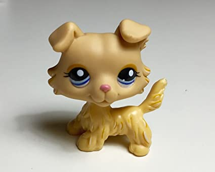 Amazoncom Littlest Pet Shop Dog Collie Figure Tan Yellow Blue Pink