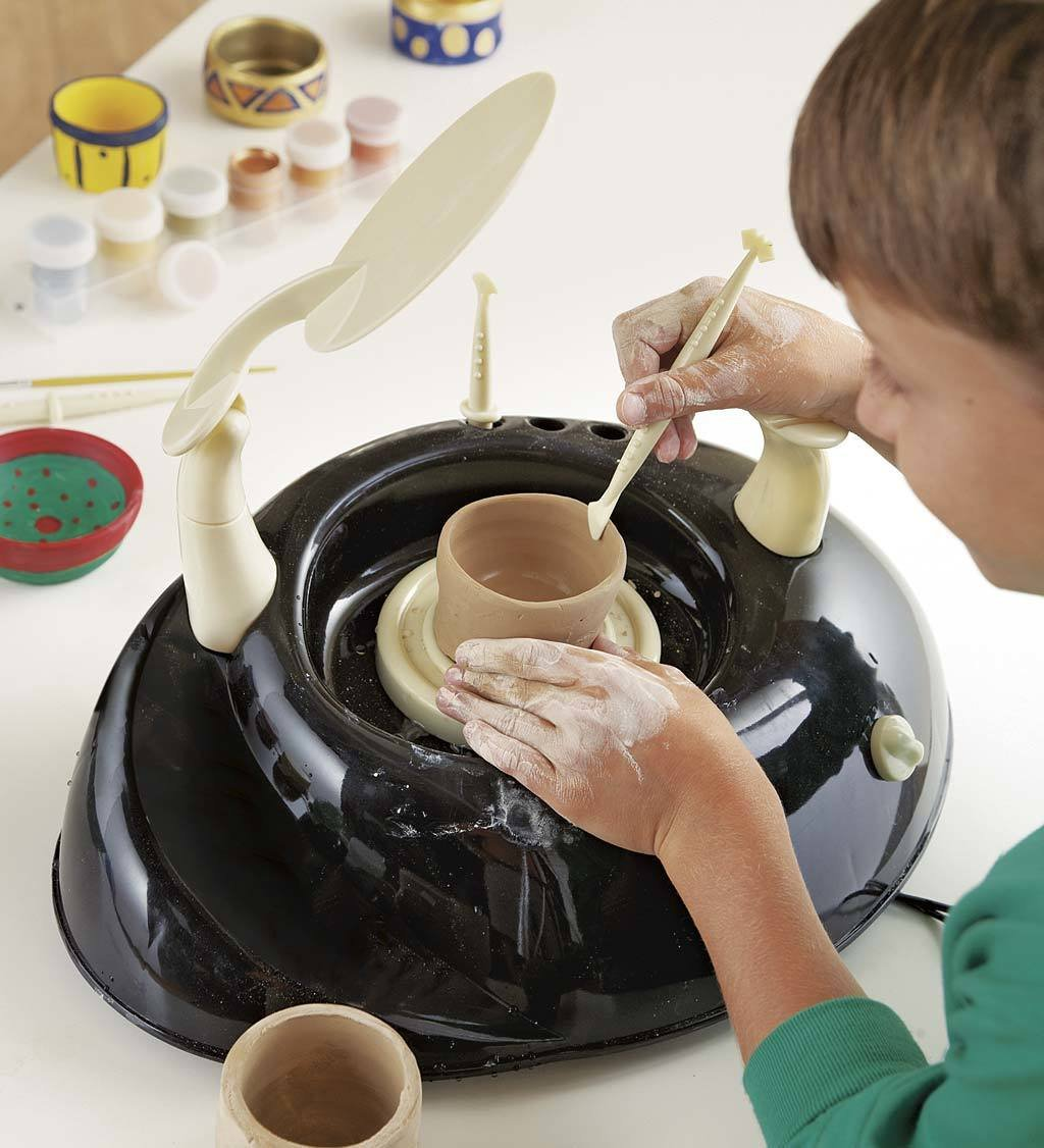 amazon com beginners pottery wheel kit for kids with clay paints