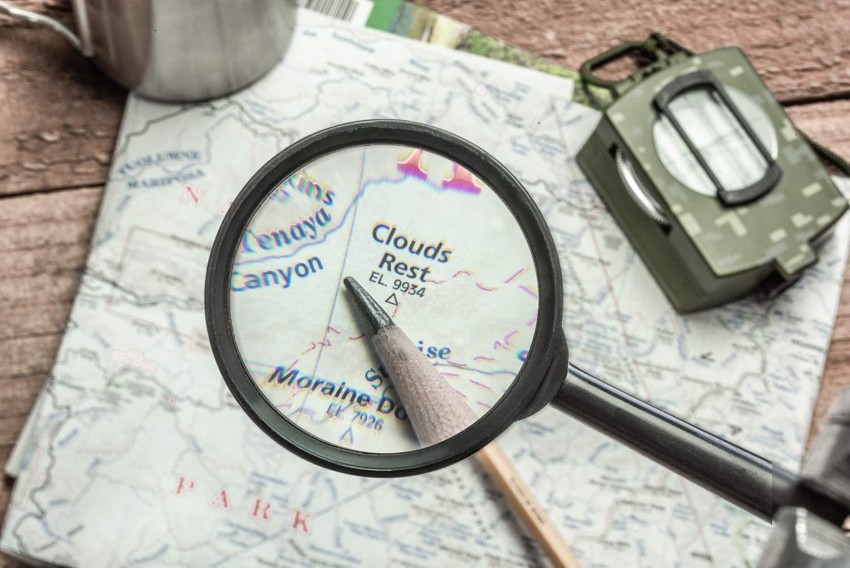 SE MH7009C 3 Handheld Magnifier with 5x Magnification Sona Enterprises