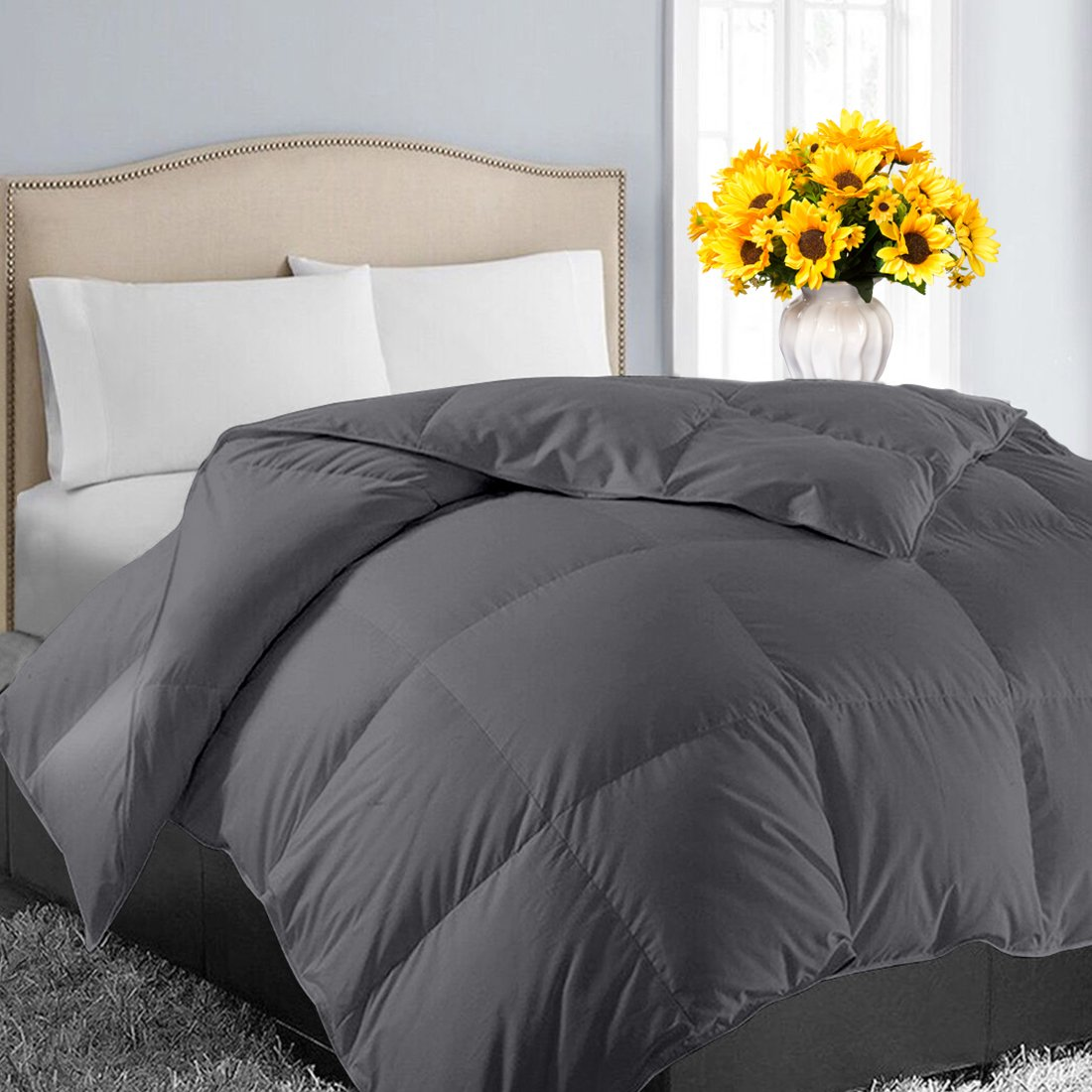 EASELAND Queen/Full Soft Quilted Down Alternative Summer Cooling Comforter Hotel Collection Reversible Duvet Insert with Corner Tab,Warm Fluffy Hypoallergenic for All Season Dark Grey,88 by 88 Inches