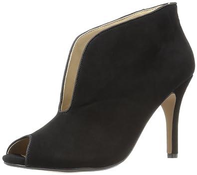 348733995b5 Adrienne Vittadini Footwear Women's Grandeur Ankle Bootie