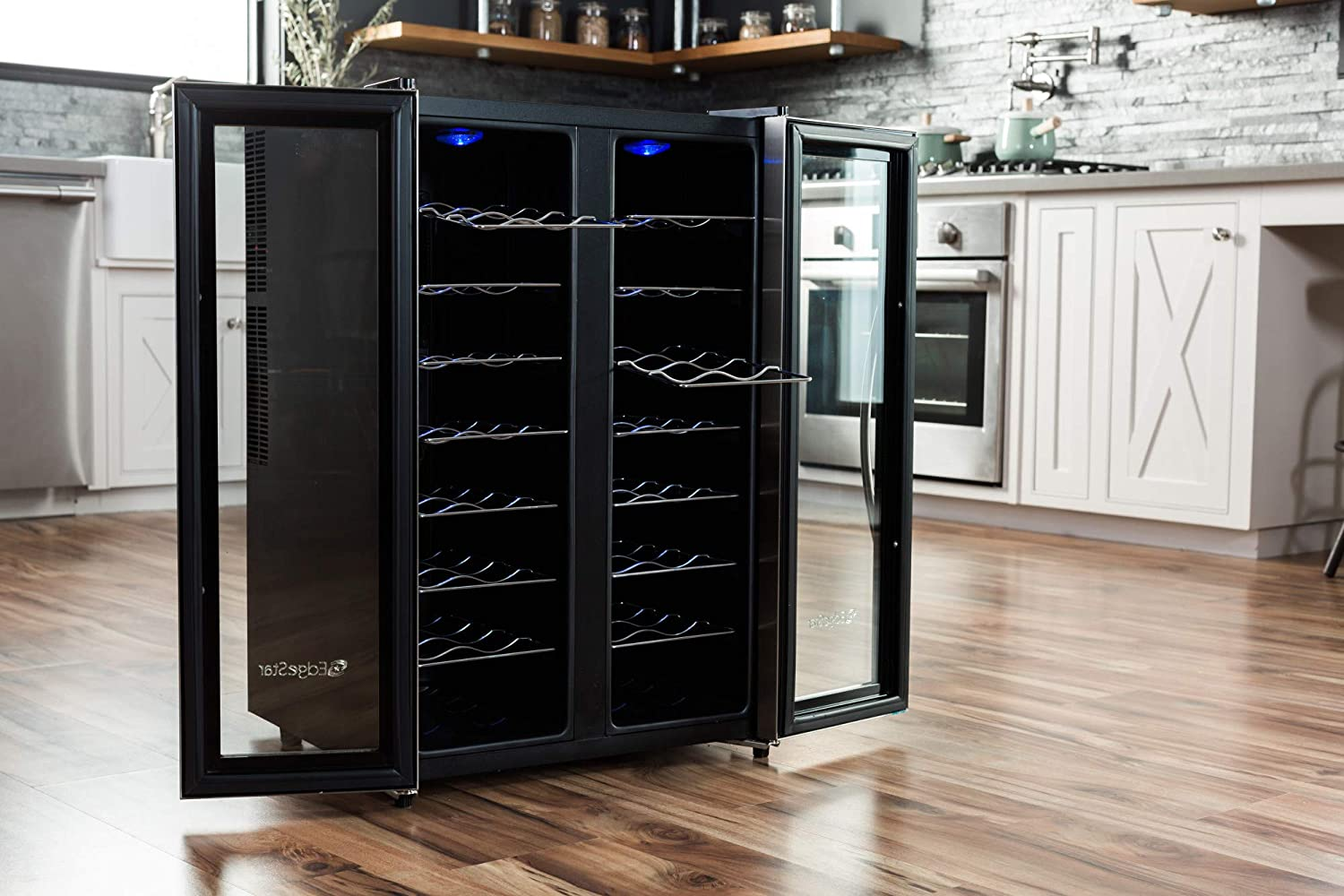 EdgeStar ワインクーラー ボトル32本 32 Bottle Dual Zone Wine Cooler with Stainless Steel Trimmed French Doors and Digital Controls 並行輸入