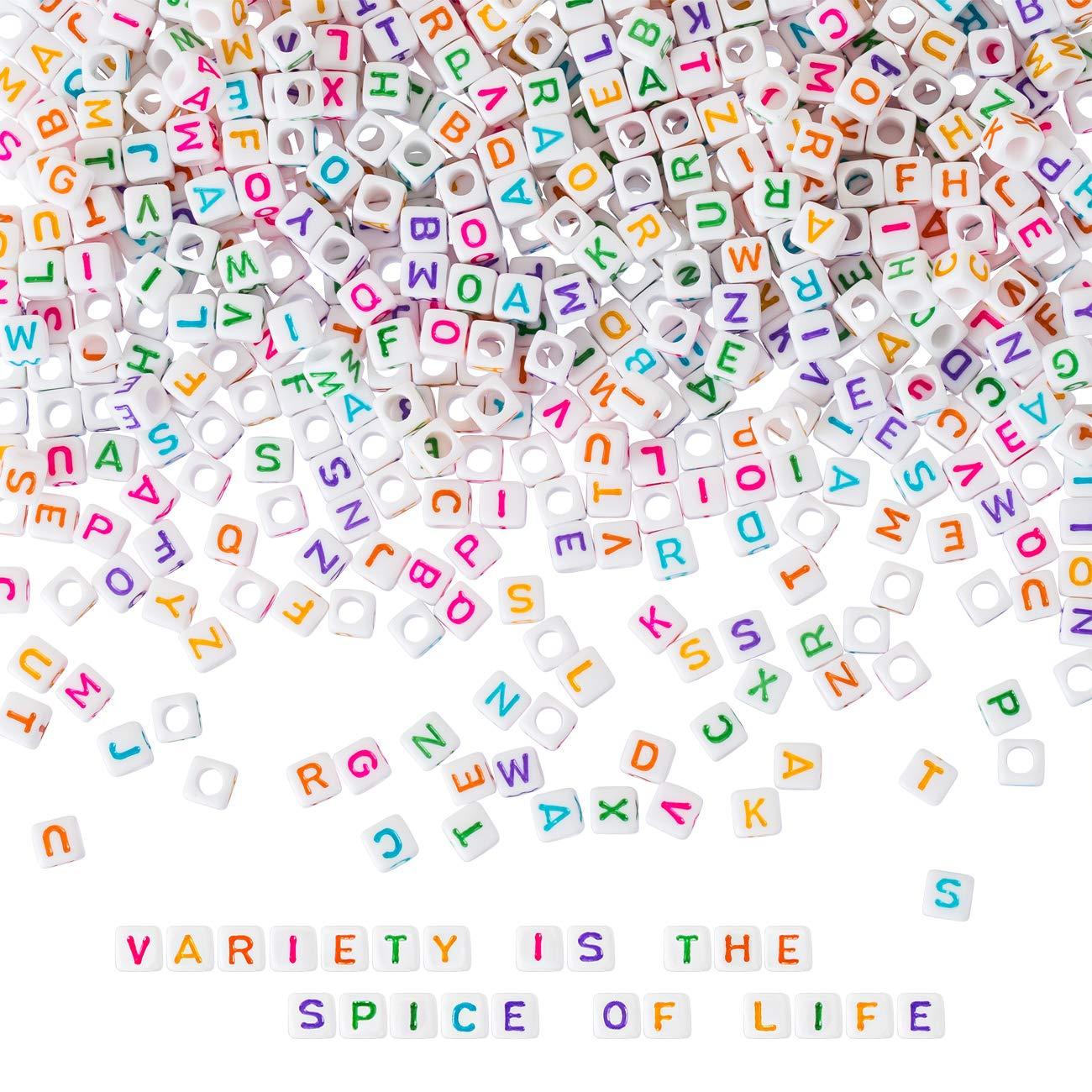 200 Perles acryliques Alphabet cubes 6mm multicolores