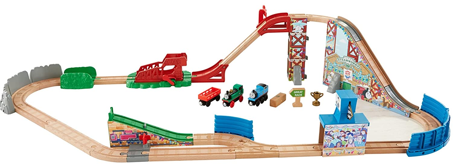 Amazon.com: Fisher-Price Thomas & Friends Wooden Railway, Race Day ...