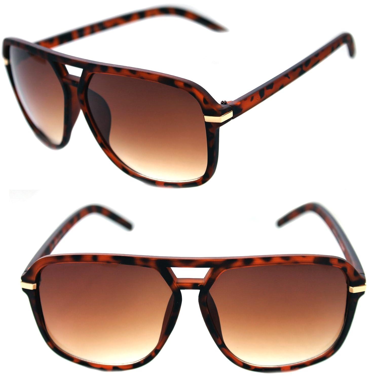 a69185e60ae4b Amazon.com  Men s Hip Hop 80 s Vintage Sunglasses Grandmaster Large Square  Shape Hip Hop Aviator Matte Rubber Frame 80 s (Black Gold