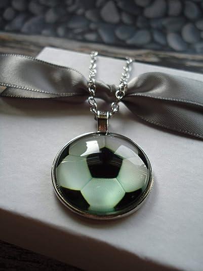 Small Elf Collar de balón de fútbol de Elfo pequeño, joyería de ...