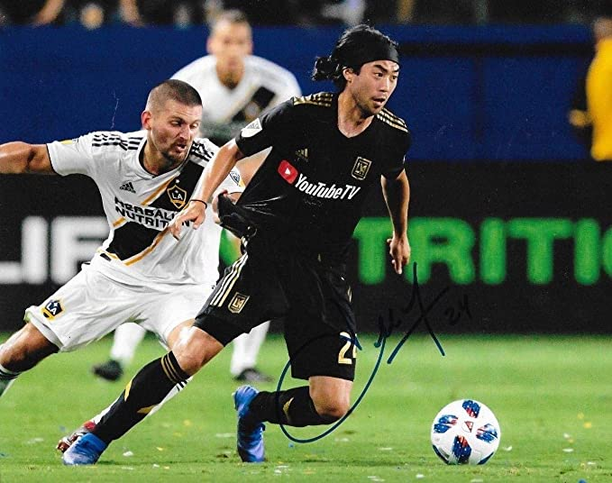86e72cbe0 Signed Lee Nguyen Photo - Club LAFC 8x10 MLS 2 - Autographed Soccer Photos  at Amazon s Sports Collectibles Store