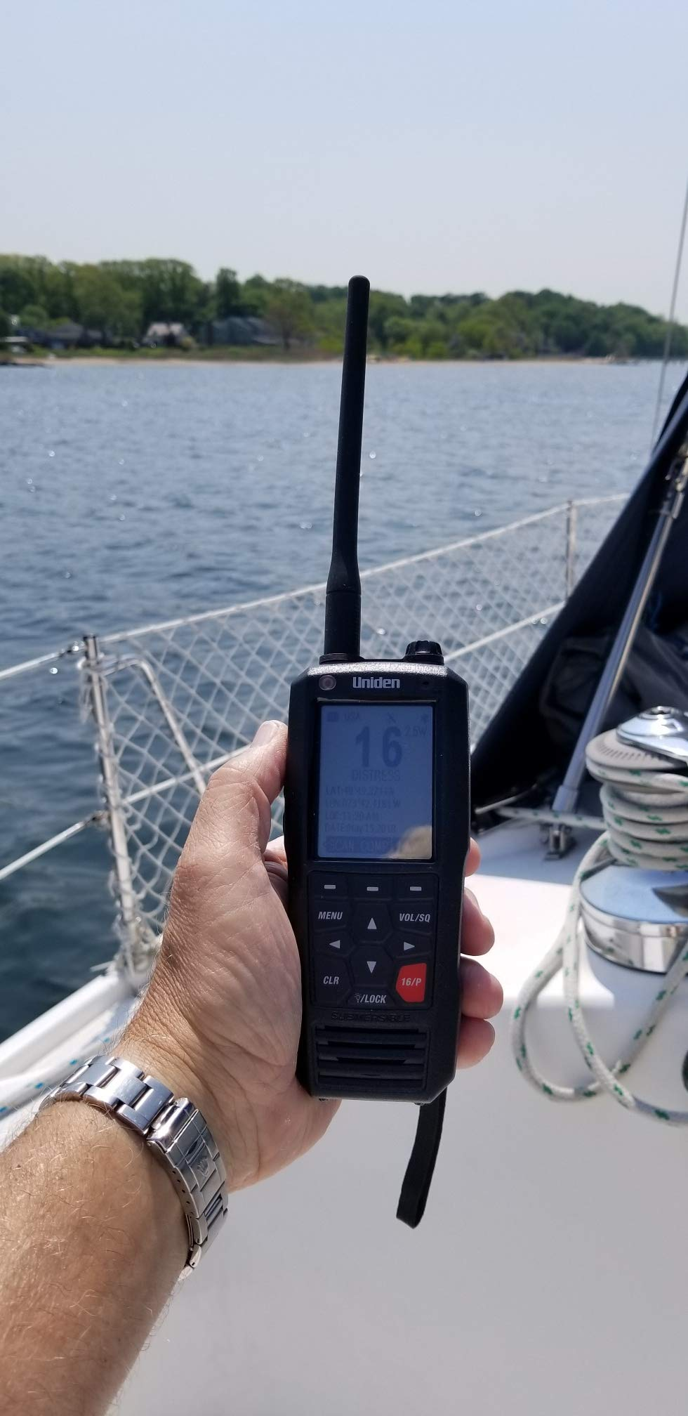 Uniden MHS335BT 6W Class D Floating Handheld VHF Marine Radio with Bluetooth, Text Message Directly to Other VHF Text Message Capable Radios, IPX8 Submersible Design by Uniden (Image #7)