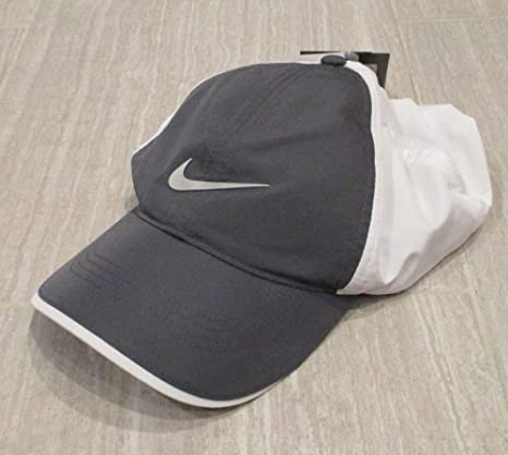 Image Unavailable. Image not available for. Color  Nike Golf Adult Unisex  Adjustable Cap ... e39a47b8cf2