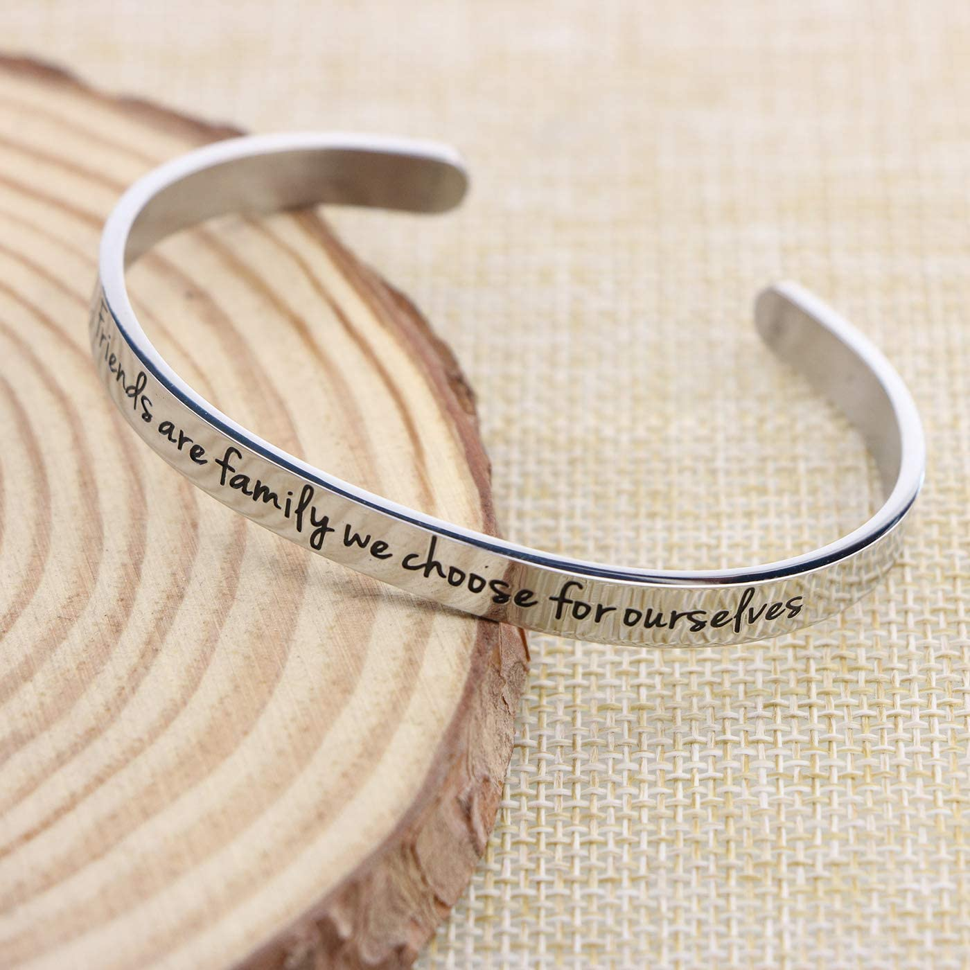 Awegift Personalized Friendship Bracelet Gifts for Best Friends BFF Jewelry for Her Friends are The Family we Choose Ourselves