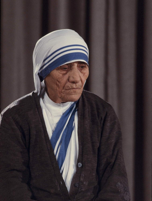 - Gloss Historical Artwork from 1971 - 4 x 6 Mother Teresa Photograph